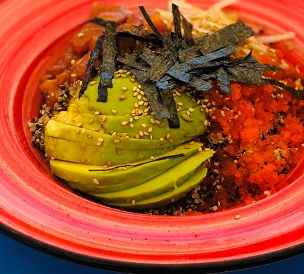 Dés de saumon marinés - Sauce Sésame & Piment du Japon N'oye